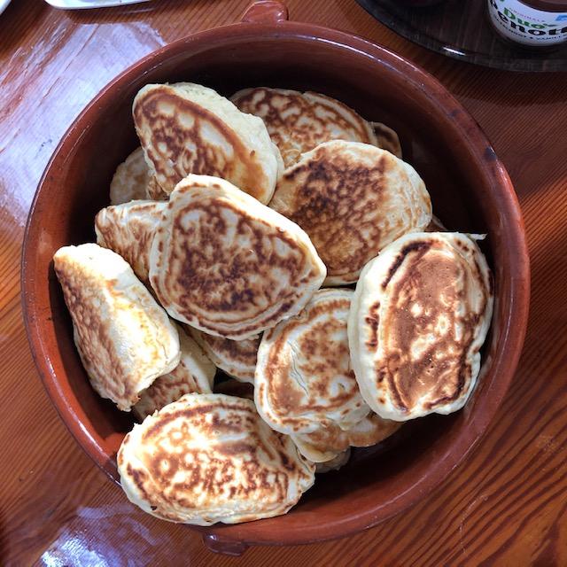 Heerlijke scone gebakken op het wad aan boord klipper nova cura